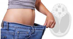 מה הקשר בין פחמימות לירידה במשקל