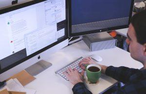 שירותים חיצוניים - איך הם יכולים לסייע בניהול יעיל של העסק