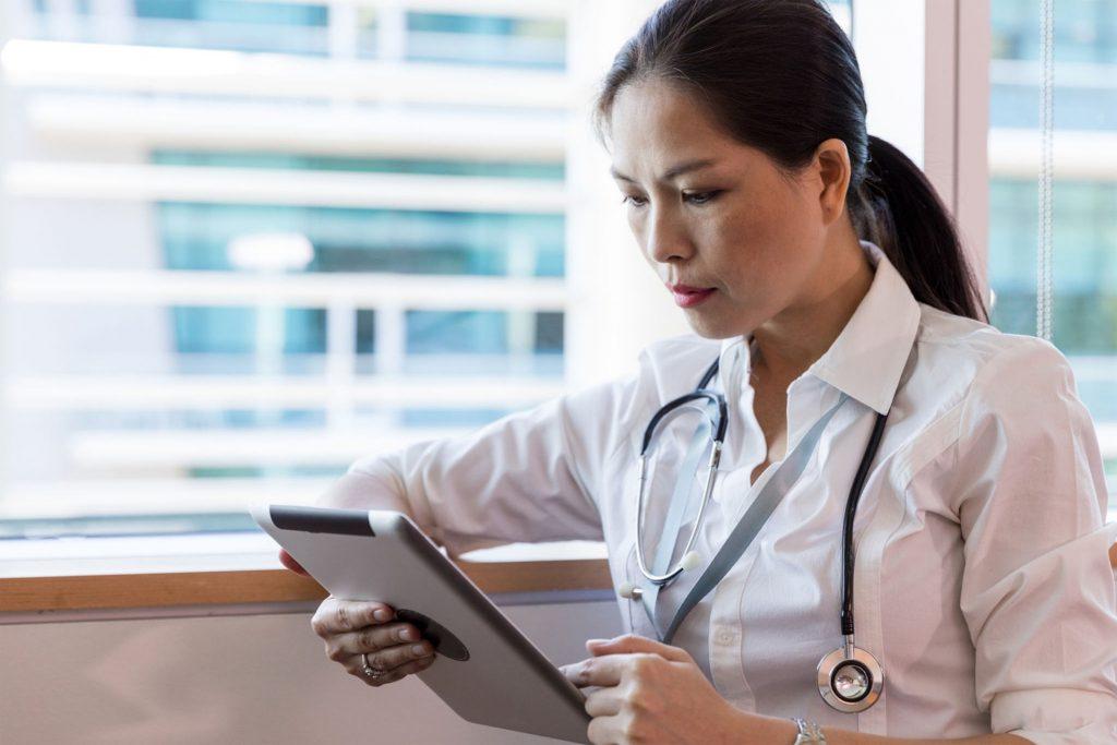 איך קובעים תור לרופא מומחה במהירות באזור המרכז.